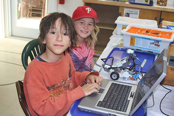Santa Cruz Mountains Art Center: robotics classes for tweens and teens